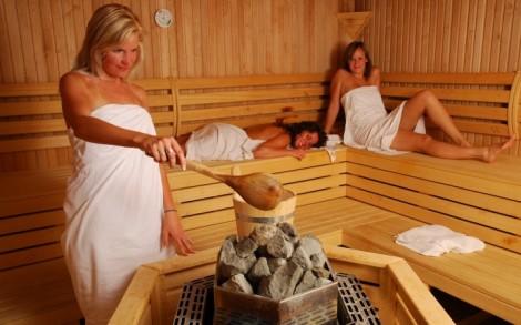 beremennaya-v-saune