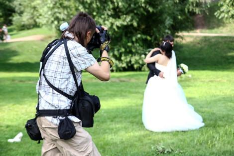 horoshyi-fotograf-na-svadbu