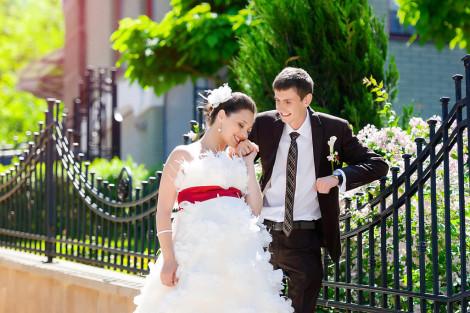 svadebnoe-platye-vybrat-dlya-beremennoy